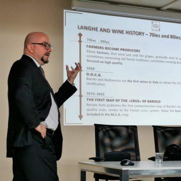 Langhe Wines Ambassador - Corso di Primo livello online - Barolo & Barbaresco Academy